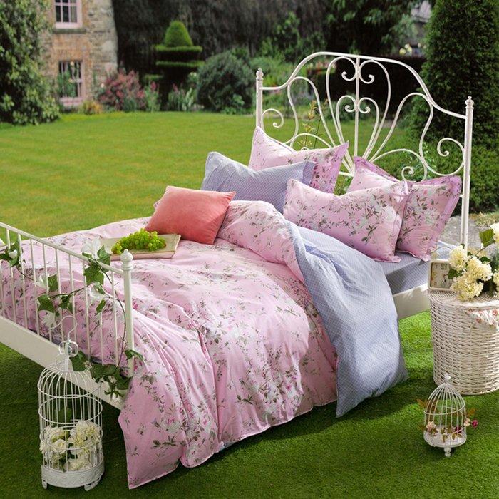 Bộ chăn ga và gối CG0101 nền hồng dễ thương họa tiết cây hoa