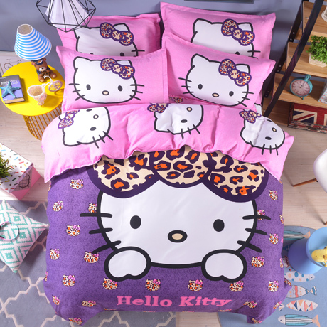 Bộ sưu tập chăn ga gối đệm Hello Kitty cho bé